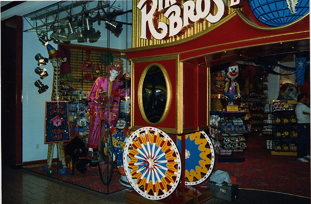 Cherry Hills, NJ, Ringling Bros, Gift Store, Speciality Store, Greeting Cards Graphics